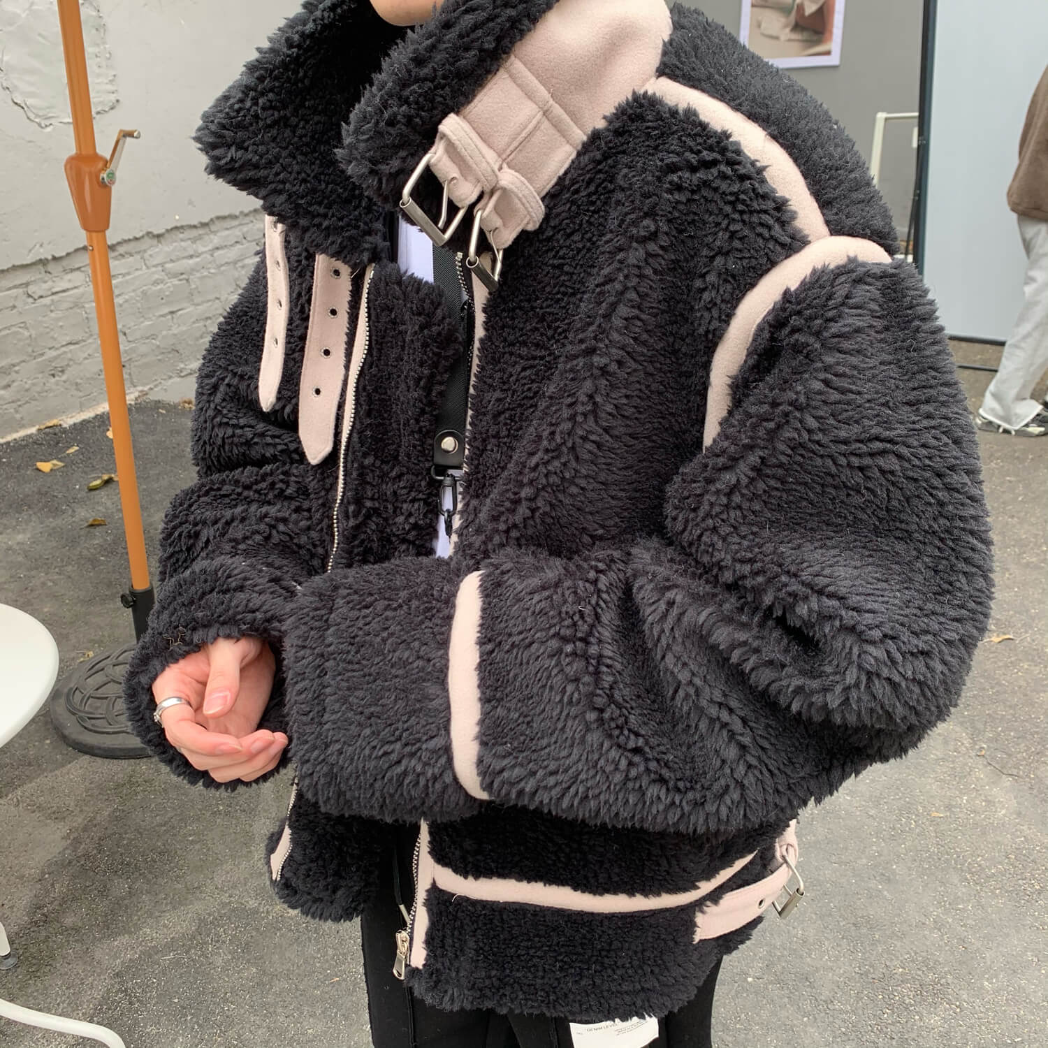 Дублёнка Cui Layout Studio Sherpa Sheepskin Coat Design Lines