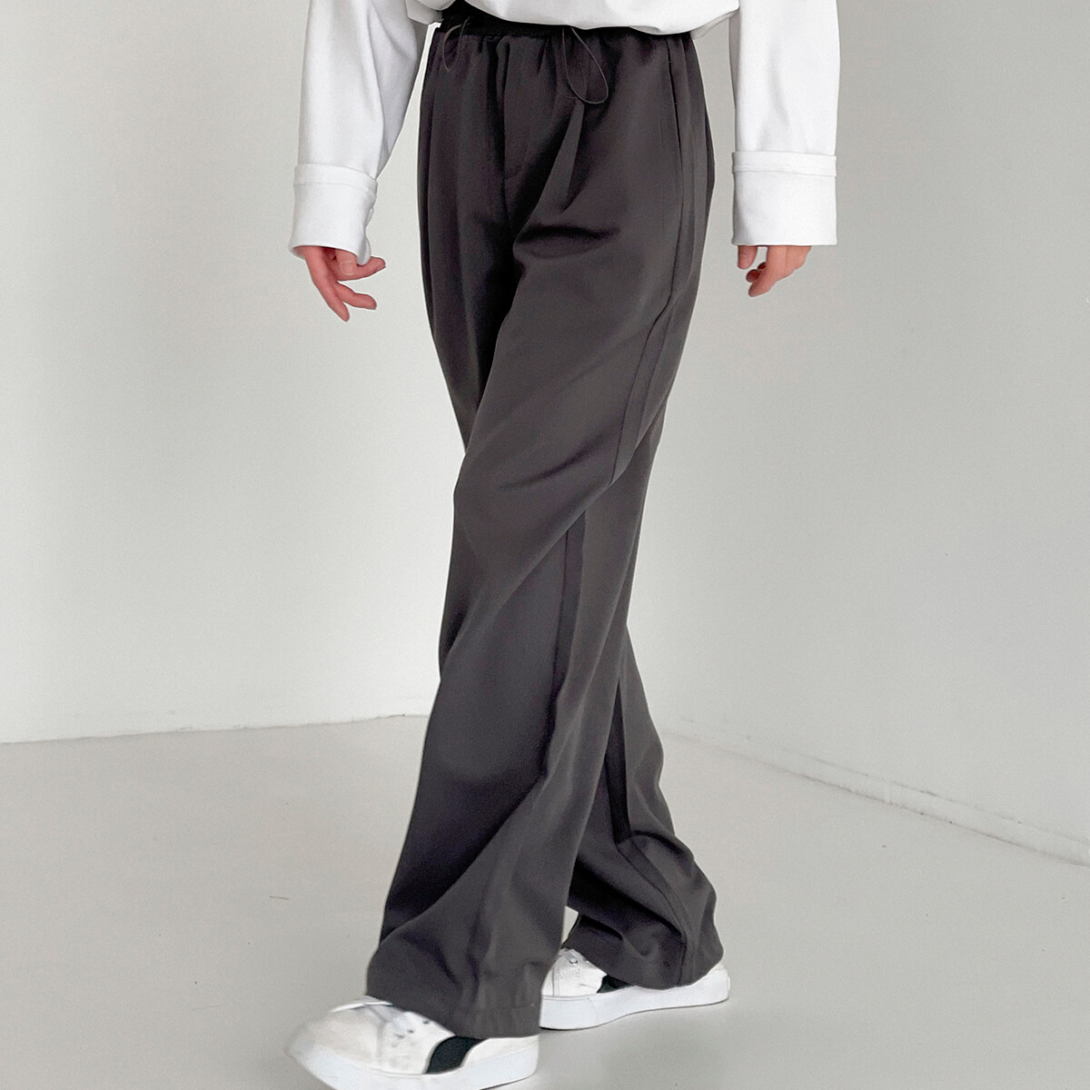 Брюки DAZO Studio Loose Falling Down Pants (1)