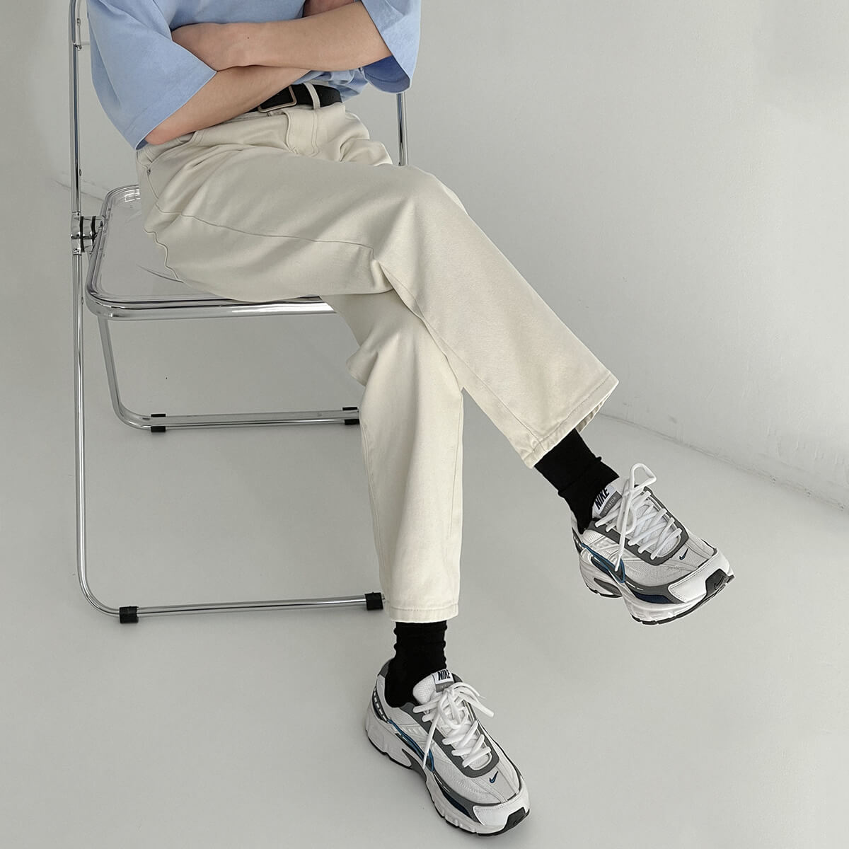 Джинсы DAZO Studio Solid Light Basic Straight Jeans (1)