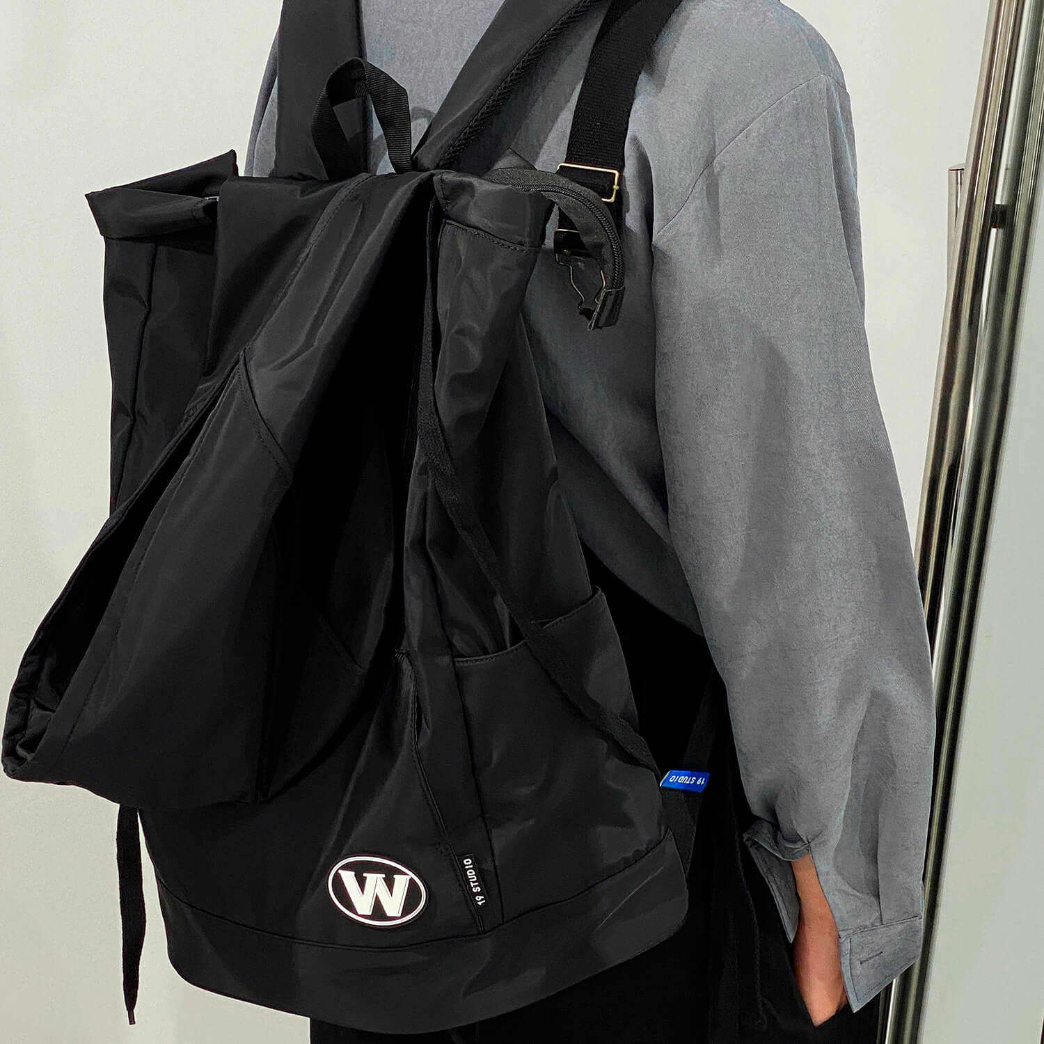 Рюкзак 19 Studio Hooded Backpack (1)