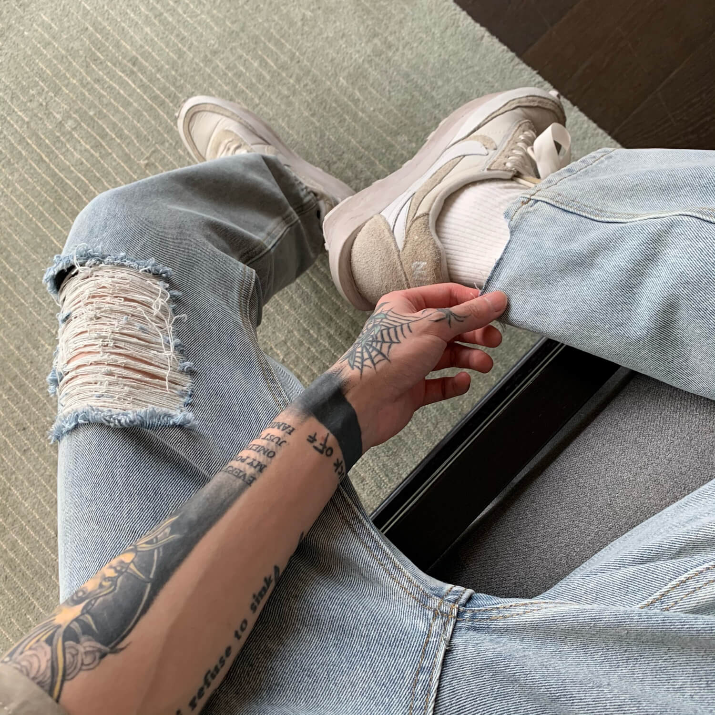 Джинсы Cui Layout Studio Jeans Custom Ripped Trim (3)