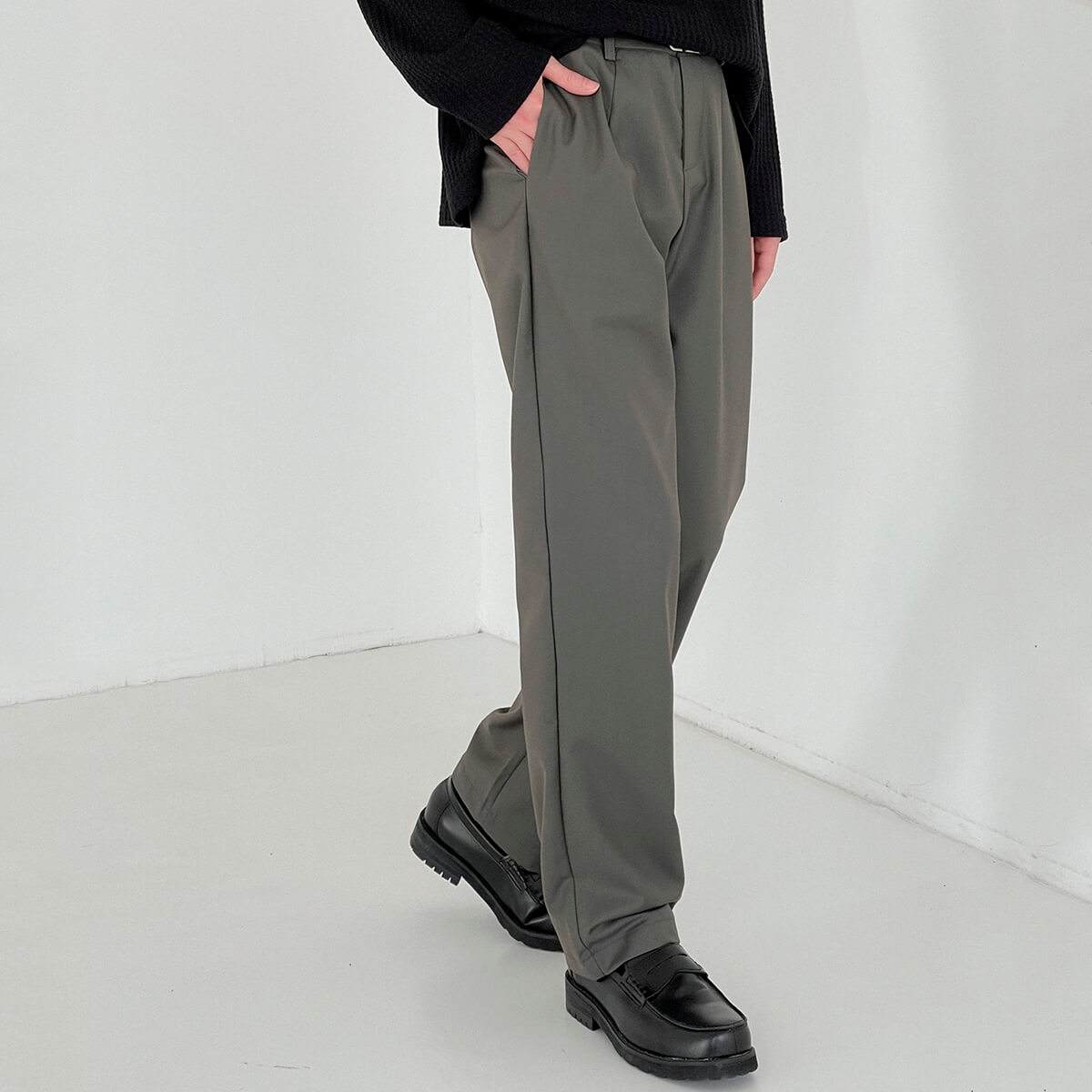 Брюки DAZO Studio Basic Dark Straight Pants (2)