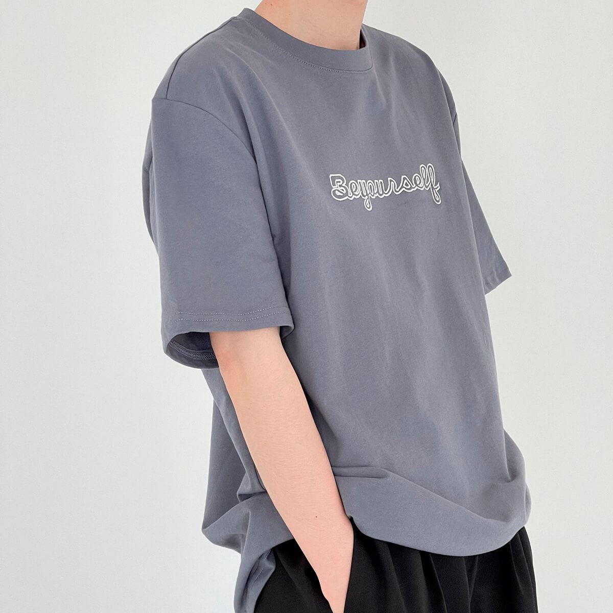 Футболка DAZO Studio T-shirt Embroidery Be Yourself (8)