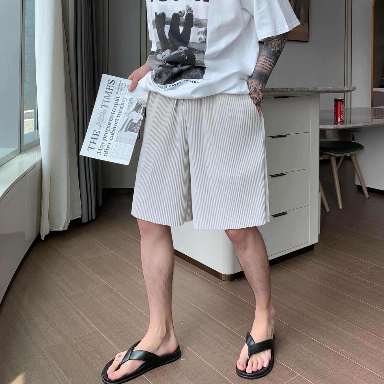 Шорты Cui Layout Studio Minimalist Vertical Striped Shorts (1)