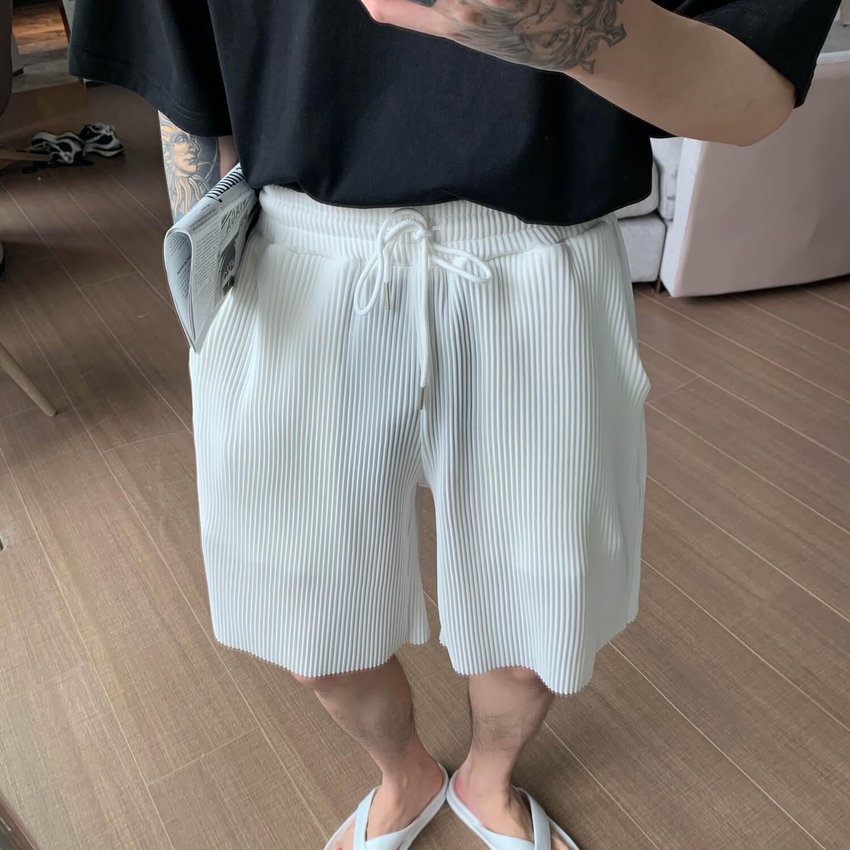 Шорты Cui Layout Studio Minimalist Vertical Striped Shorts (8)