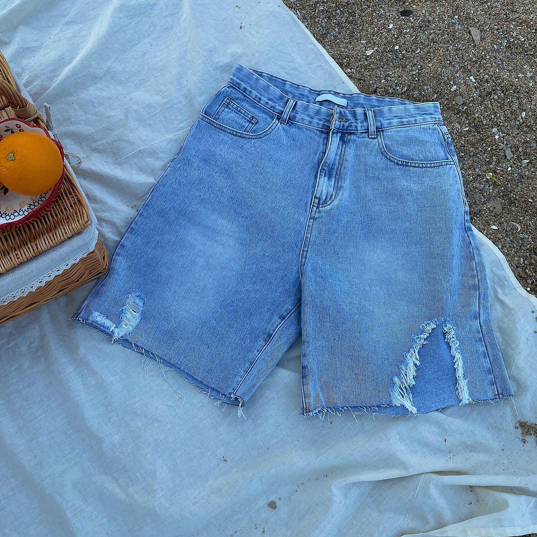 Шорты 19 Studio Left Ripped Denim Shorts (1)
