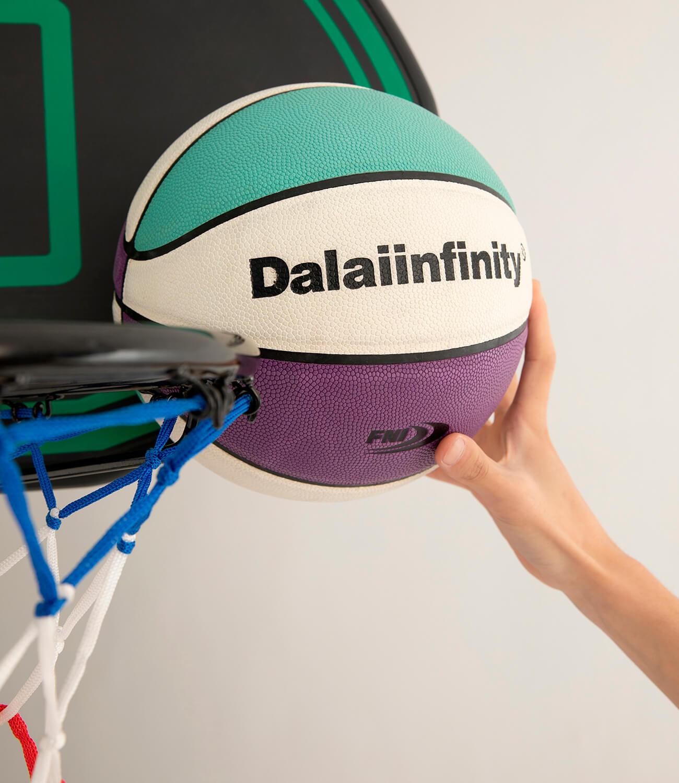 Баскетбольный мяч DL Studio Signature Basketball (2)