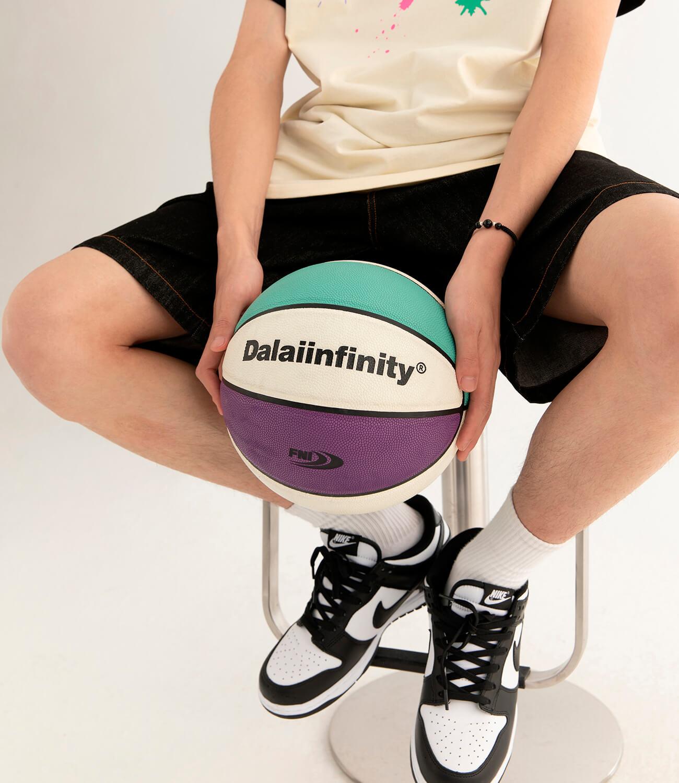 Баскетбольный мяч DL Studio Signature Basketball (4)