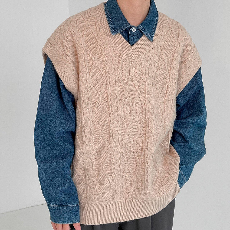 Жилет DAZO Studio Knitted Vest V-Neck Aran Pattern (1)